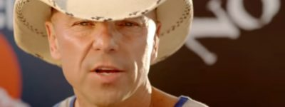 """Kenny Chesney Spends """"Christmas In Blue Chair Bay"""""""